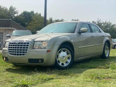 2006 Chrysler 300 for sale at Cash Car Outlet in Mckinney TX