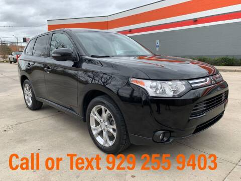 2014 Mitsubishi Outlander for sale at Ultimate Motors in Port Monmouth NJ