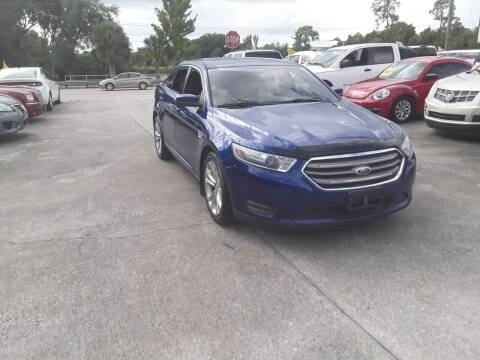 2013 Ford Taurus for sale at FAMILY AUTO BROKERS in Longwood FL