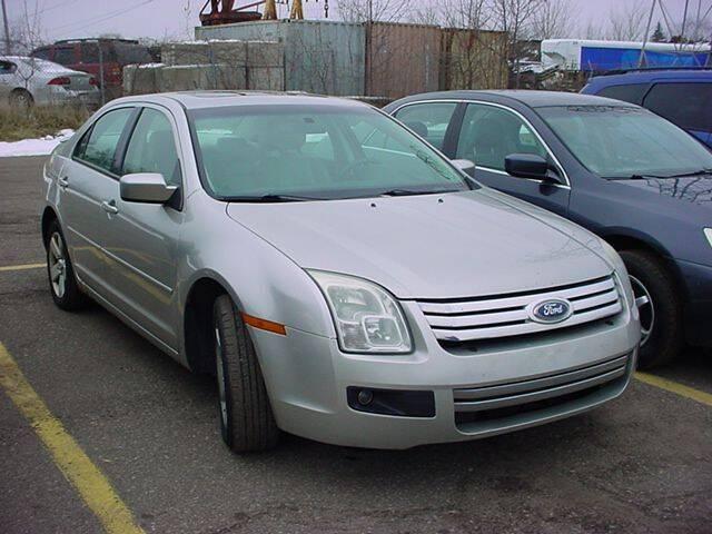 2007 Ford Fusion for sale at VOA Auto Sales in Pontiac MI