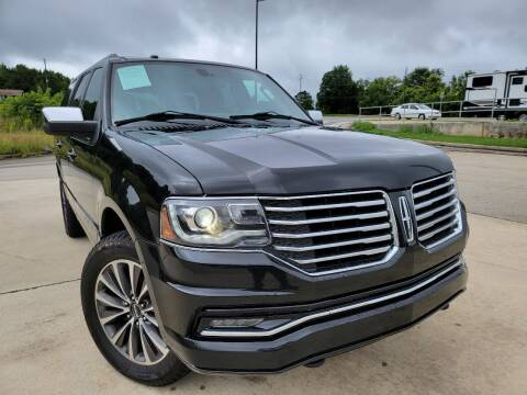 2015 Lincoln Navigator for sale at Gwinnett Luxury Motors in Buford GA