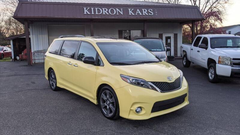 2017 Toyota Sienna for sale at Kidron Kars INC in Orrville OH