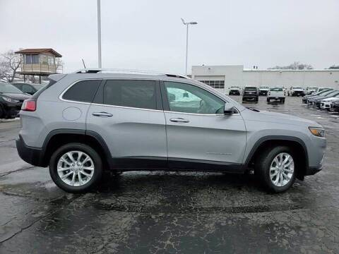 2019 Jeep Cherokee for sale at Hawk Chevrolet of Bridgeview in Bridgeview IL