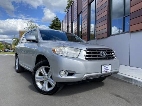 2008 Toyota Highlander for sale at DAILY DEALS AUTO SALES in Seattle WA
