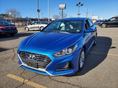 2018 Hyundai Sonata for sale at Auto Connection in Manassas VA