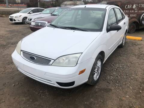 2007 Ford Focus for sale at CAR CORNER in Van Buren AR