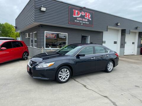 2016 Nissan Altima for sale at D & R Auto Sales in South Sioux City NE