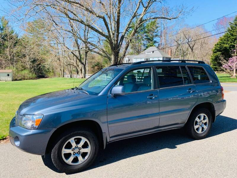 2005 Toyota Highlander for sale at 41 Liberty Auto in Kingston MA