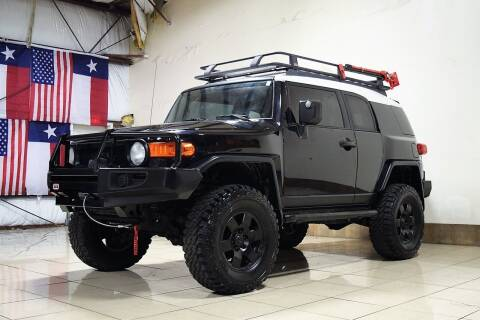 2007 Toyota FJ Cruiser for sale at ROADSTERS AUTO in Houston TX