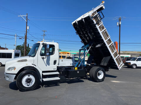 2004 Freightliner 16' Flatbed Dump for sale at Dorn Brothers Truck and Auto Sales in Salem OR