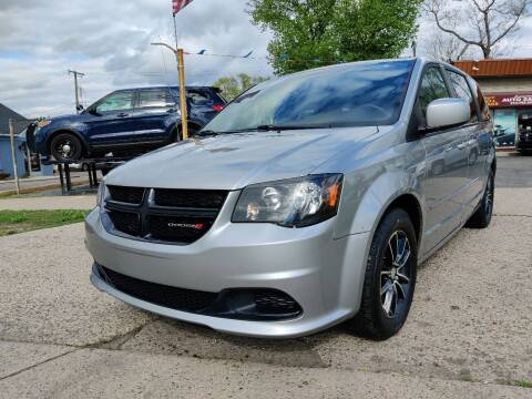 2015 Dodge Grand Caravan for sale at Lamarina Auto Sales in Dearborn Heights MI