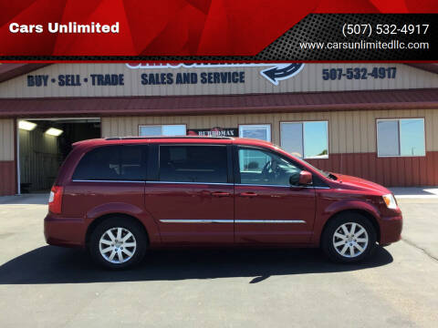 2015 Chrysler Town and Country for sale at Cars Unlimited in Marshall MN