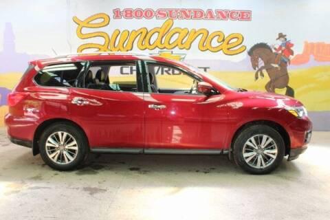 2018 Nissan Pathfinder for sale at Sundance Chevrolet in Grand Ledge MI