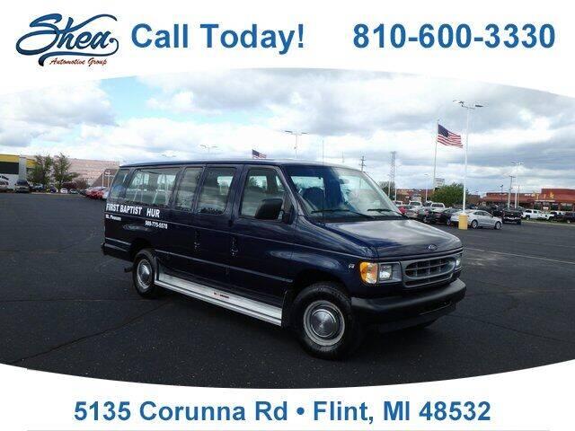 2001 Ford E-Series Wagon for sale in Flint, MI