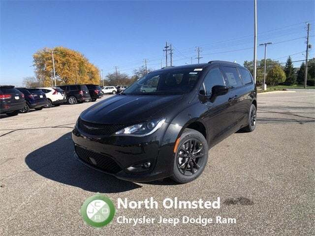 2020 Chrysler Pacifica for sale at North Olmsted Chrysler Jeep Dodge Ram in North Olmsted OH