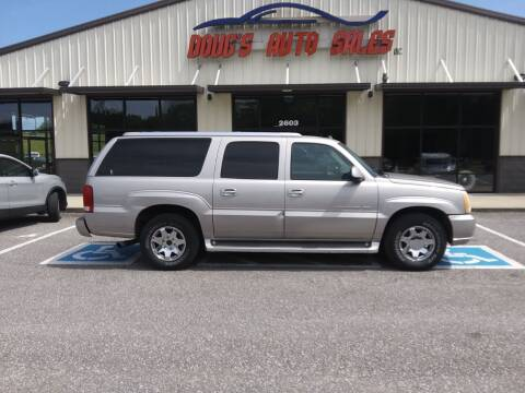 2005 Cadillac Escalade ESV for sale at DOUG'S AUTO SALES INC in Pleasant View TN