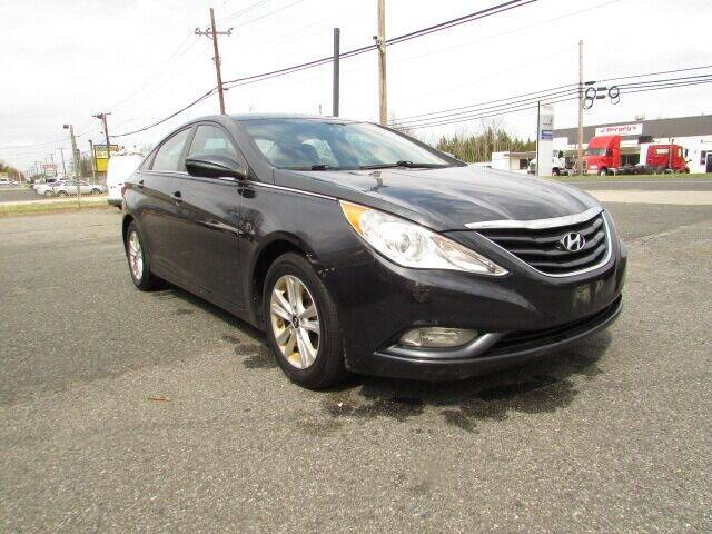 2013 Hyundai Sonata for sale at Auto Outlet Of Vineland in Vineland NJ