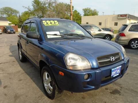 2007 Hyundai Tucson for sale at DISCOVER AUTO SALES in Racine WI