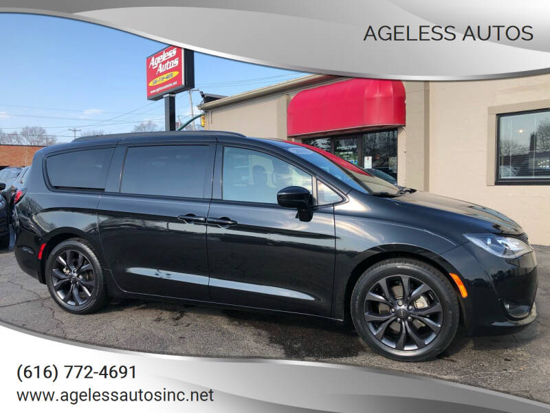2018 Chrysler Pacifica for sale at Ageless Autos in Zeeland MI