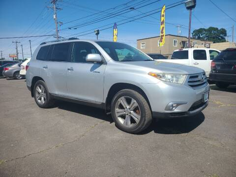 2011 Toyota Highlander for sale at Universal Auto Sales in Salem OR