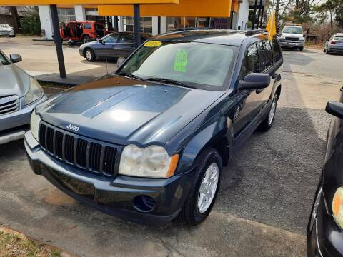 2006 Jeep Grand Cherokee for sale at PIRATE AUTO SALES in Greenville NC