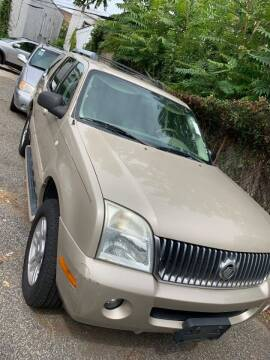 2005 Mercury Mountaineer for sale at GARET MOTORS in Maspeth NY