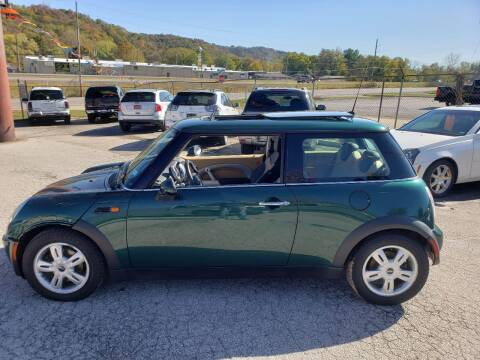 2006 MINI Cooper for sale at BBC Motors INC in Fenton MO