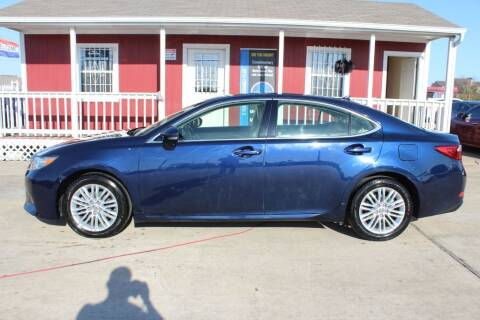2013 Lexus ES 350 for sale at AMT AUTO SALES LLC in Houston TX
