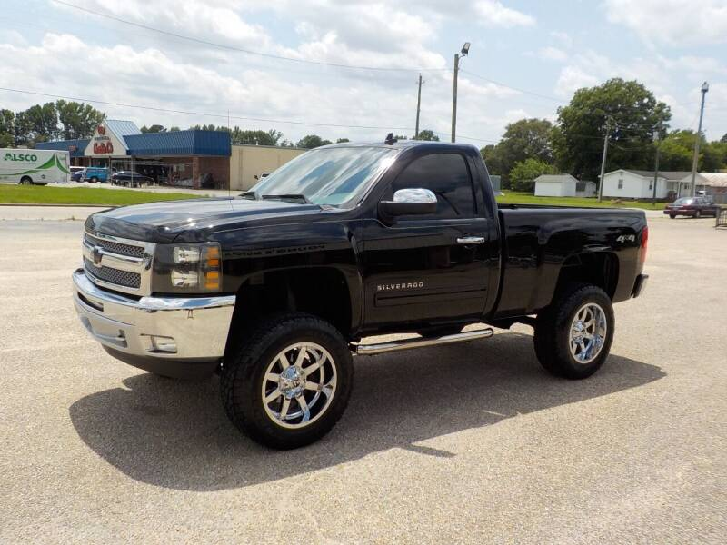 2012 Chevrolet Silverado 1500 for sale at Young's Motor Company Inc. in Benson NC