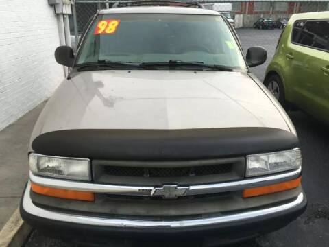 1998 Chevrolet Blazer for sale at WHEEL UNIK AUTOMOTIVE & ACCESSORIES INC in Orlando FL