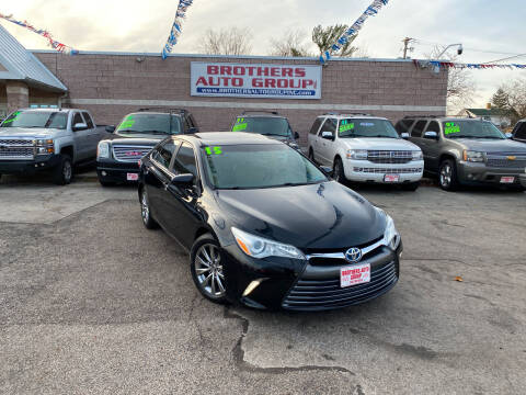 2015 Toyota Camry Hybrid for sale at Brothers Auto Group in Youngstown OH