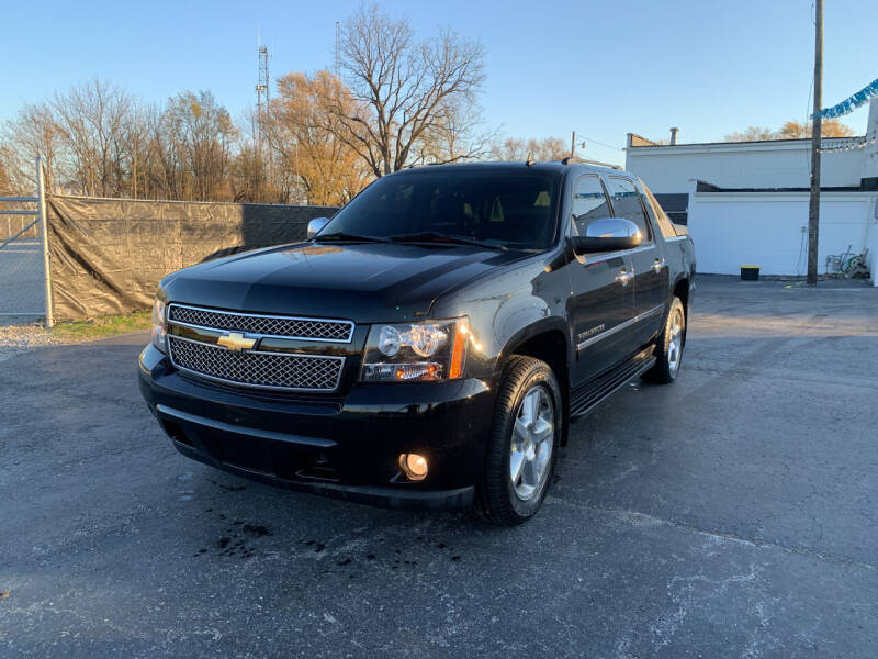 2010 Chevrolet Avalanche for sale at Ultimate Auto Sales in Crown Point IN
