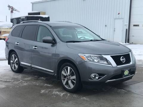 2015 Nissan Pathfinder for sale at Casey's Auto Detailing & Sales in Lincoln NE