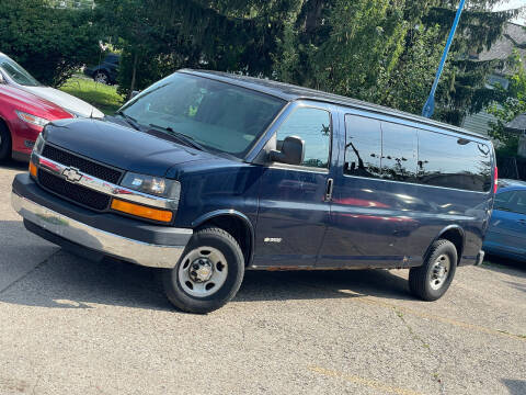 2005 Chevrolet Express Passenger for sale at Exclusive Auto Group in Cleveland OH