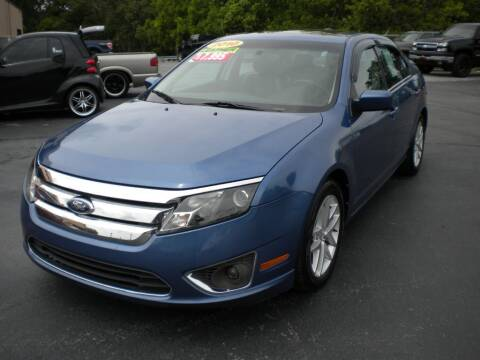 2010 Ford Fusion for sale at Houser & Son Auto Sales in Blountville TN