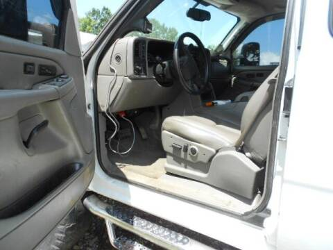 2006 Chevrolet Silverado 2500HD for sale at David Hammons Classic Cars in Crab Orchard KY
