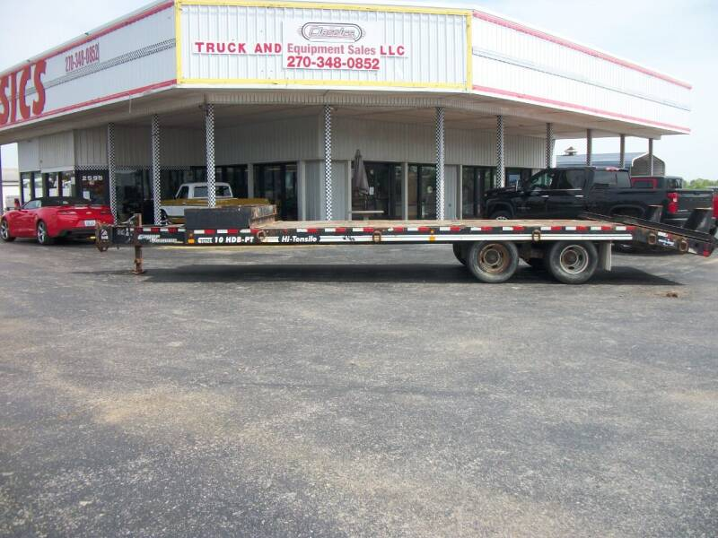 2010 Eager Beaver 10 ton Tagalong  for sale at Classics Truck and Equipment Sales in Cadiz KY