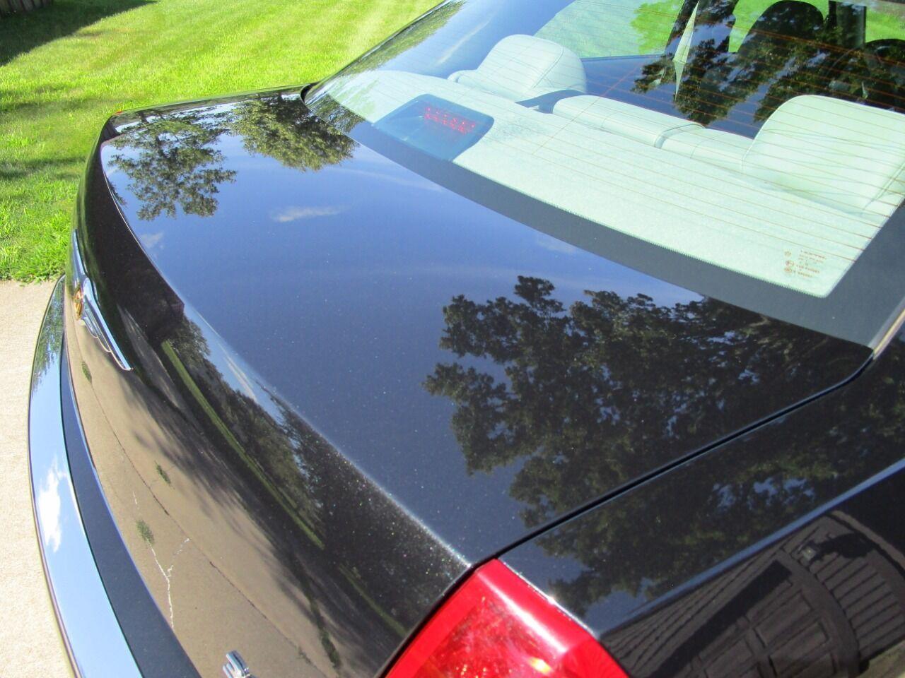 2006 Chrysler 300 38
