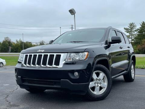 2011 Jeep Grand Cherokee for sale at MAGIC AUTO SALES in Little Ferry NJ