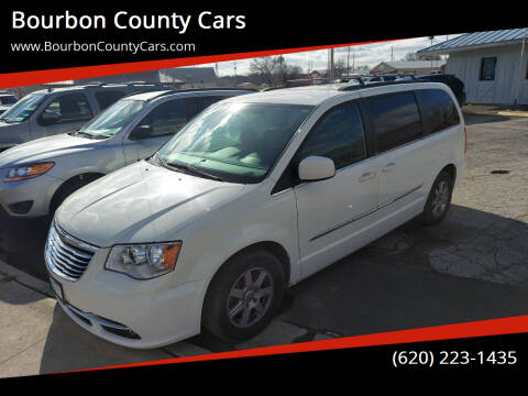 2012 Chrysler Town and Country for sale at Bourbon County Cars in Fort Scott KS