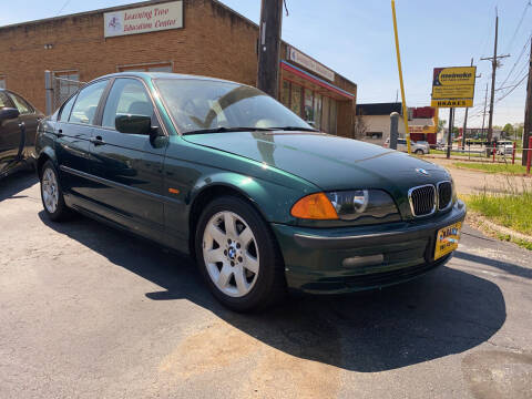 2000 BMW 3 Series for sale at Abrams Automotive Inc in Cincinnati OH