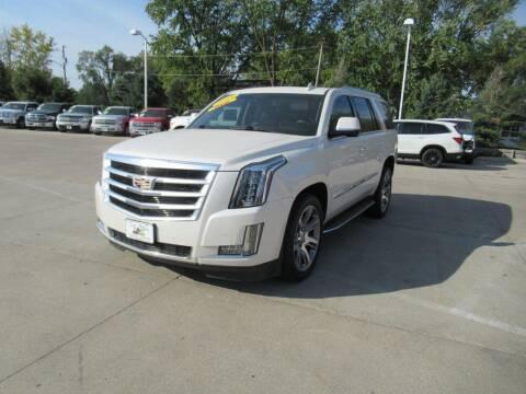 2015 Cadillac Escalade for sale at Aztec Motors in Des Moines IA