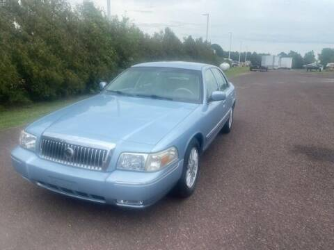 2008 Mercury Grand Marquis for sale at Geiser Classic Autos in Roanoke IL