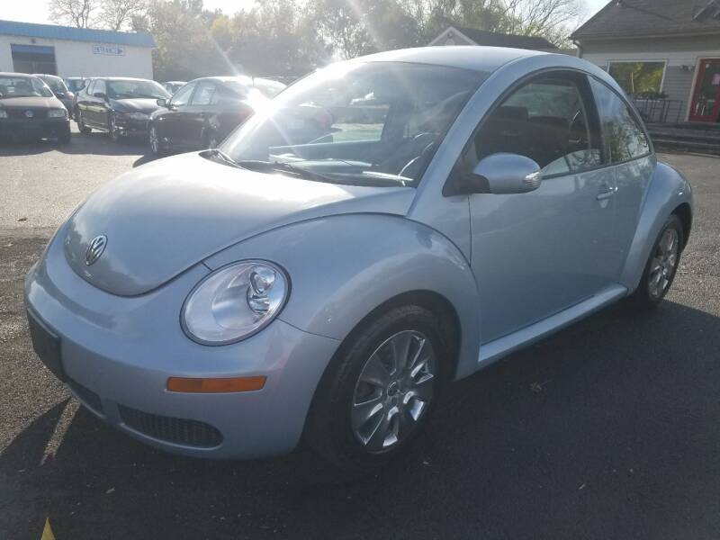 2009 Volkswagen New Beetle for sale at Germantown Auto Sales in Carlisle OH