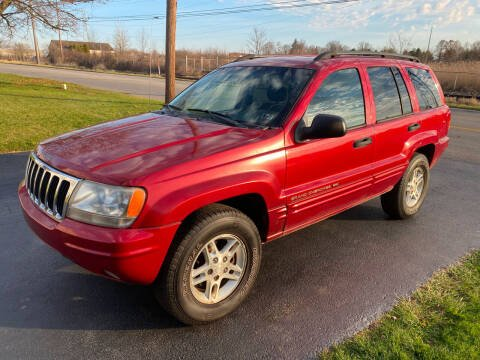 2002 Jeep Grand Cherokee for sale at SIMPSON MOTORS in Youngstown OH