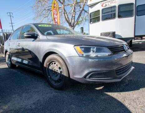 2012 Volkswagen Jetta for sale at GQC AUTO SALES in San Bernardino CA