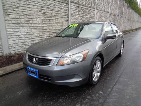2009 Honda Accord for sale at Matthews Motors LLC in Algona WA