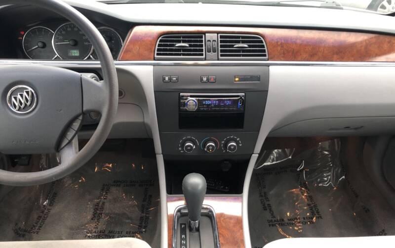 2006 Buick LaCrosse CX 4dr Sedan - Cuyahoga Falls OH