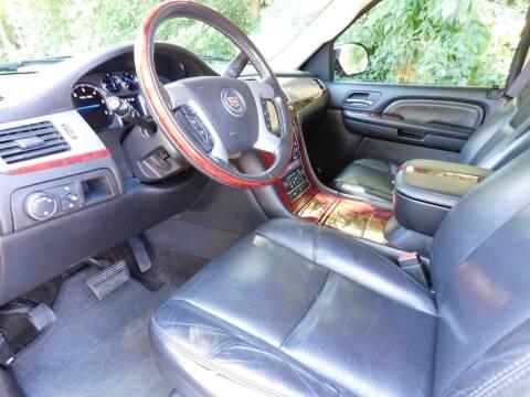 2007 Cadillac Escalade for sale at Lot 31 Auto Sales in Kenosha WI