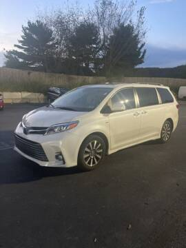 2020 Toyota Sienna for sale at Jeff D'Ambrosio Auto Group in Downingtown PA